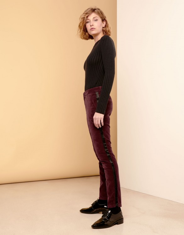 Cigarette Trousers Lizzy Velvet - HERRING LIE DE VIN