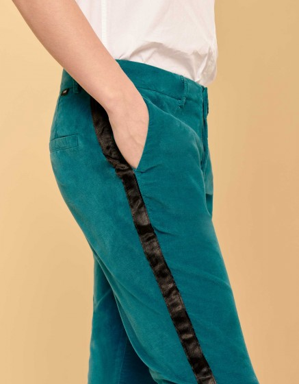 Cigarette Trousers Lizzy Velvet - HERRING WATERFALL