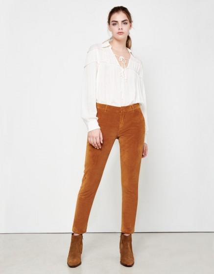 Chino Trousers Sandy Velvet - SIENNE
