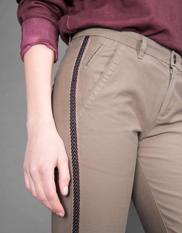 Pantalon chino Sandy Herring - TAUPE